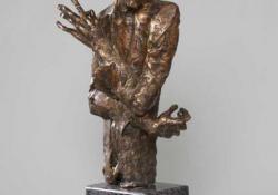 E. Schiele, 2003, bronz, kő, 42 cm