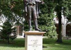 Festetics György, Csurgó, 1999, bronz, kő, 210 cm