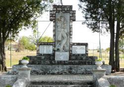 Gyepükaján hősi emlékműve, 1938 k, műkő