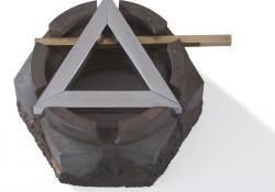 In memoriam Csíky Tibor, 1989, acél, krómacél, acélpor, bronz, 7x11 cm