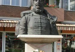 Kossuth Lajos, 1998, bronz, 80 cm, Zalaegerszeg