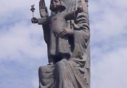 Mária, Zalaegerszeg, 2001.