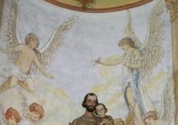 Miháld, r.k. templom, Angyalfigurák, falkép