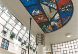 Varázstükör, 1997-98, ólmozott üveg álmennyezet, Budapest