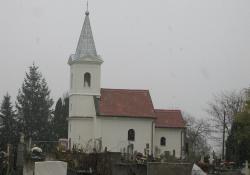 A megújuló besenyői templom