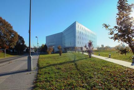 Tudásközpont, Pécs